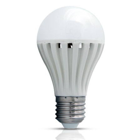 Bulbo 4,9W - Iluctron LED Technology
